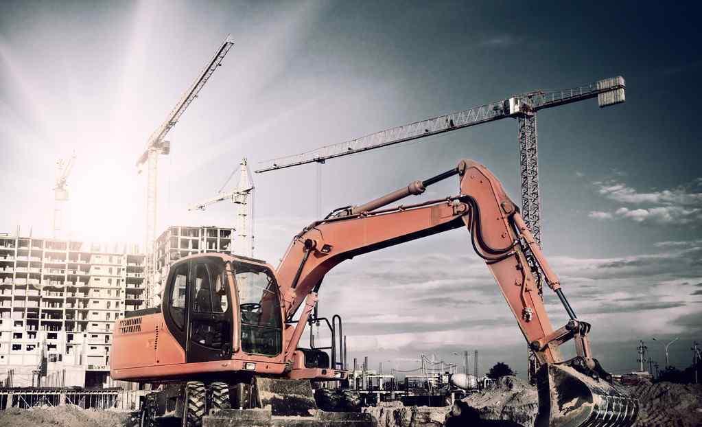 广州挖掘机培训 想学挖掘机,为什么不建议去工地上找师傅学?